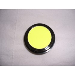 eye-shadow-neon-yellow