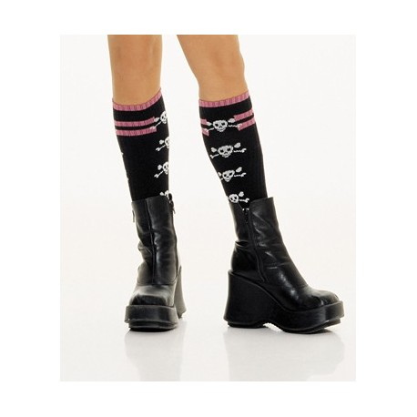 knee-high-socks-with-skulls