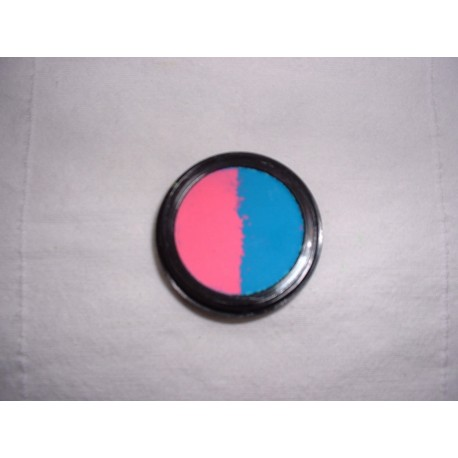 eye-shadow-neon-pink-blue-split