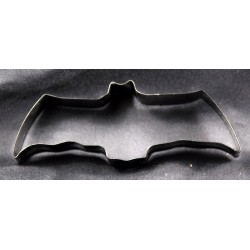 cookie-cutter-black-bat